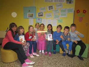 Knjižne uganke o Kosovelu nagradile 10 učencev
