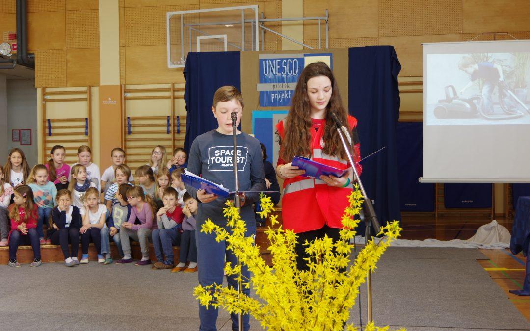 UNESCO- v pilotski projekt SKUPAJ Z NAMI: Svetovni dan mladih prostovoljcev
